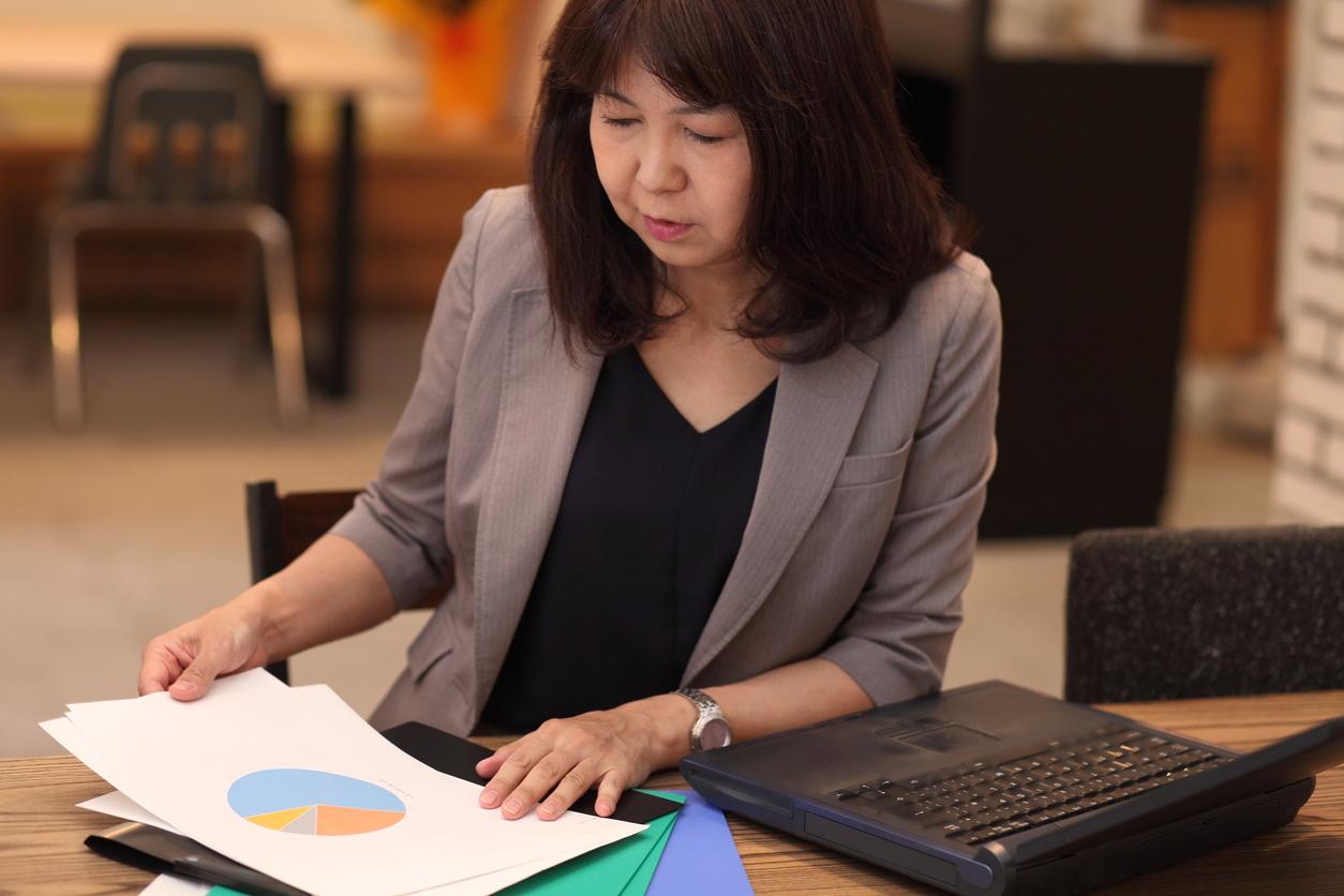 business woman analyzing data