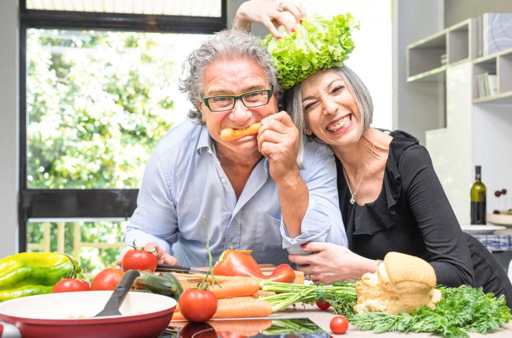 認知症予防の食事・専門医が提言!「食品よりも歯が大事」な理由とは