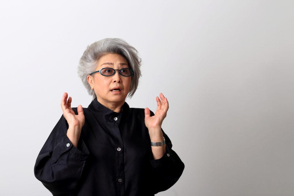 しゃっくりを脳神経内科医が解説!原因と治療法、病院にかかる目安も