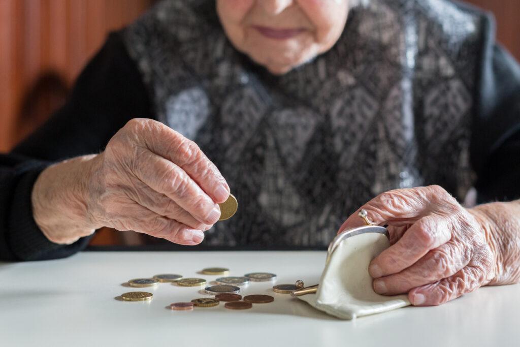 介護費用節約のポイント7・FPとケアマネ資格の認知症専門医が解説