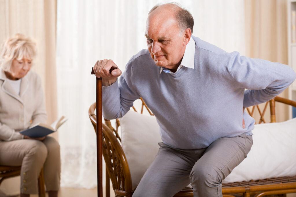 保険診療…腰椎圧迫骨折時のコルセットは見直すべき【医師が提言】