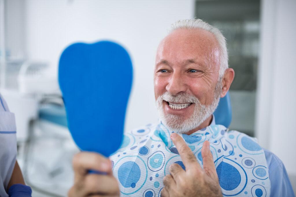 医師が提言!大腸がんになりなくなければ、歯周病を治しなさい