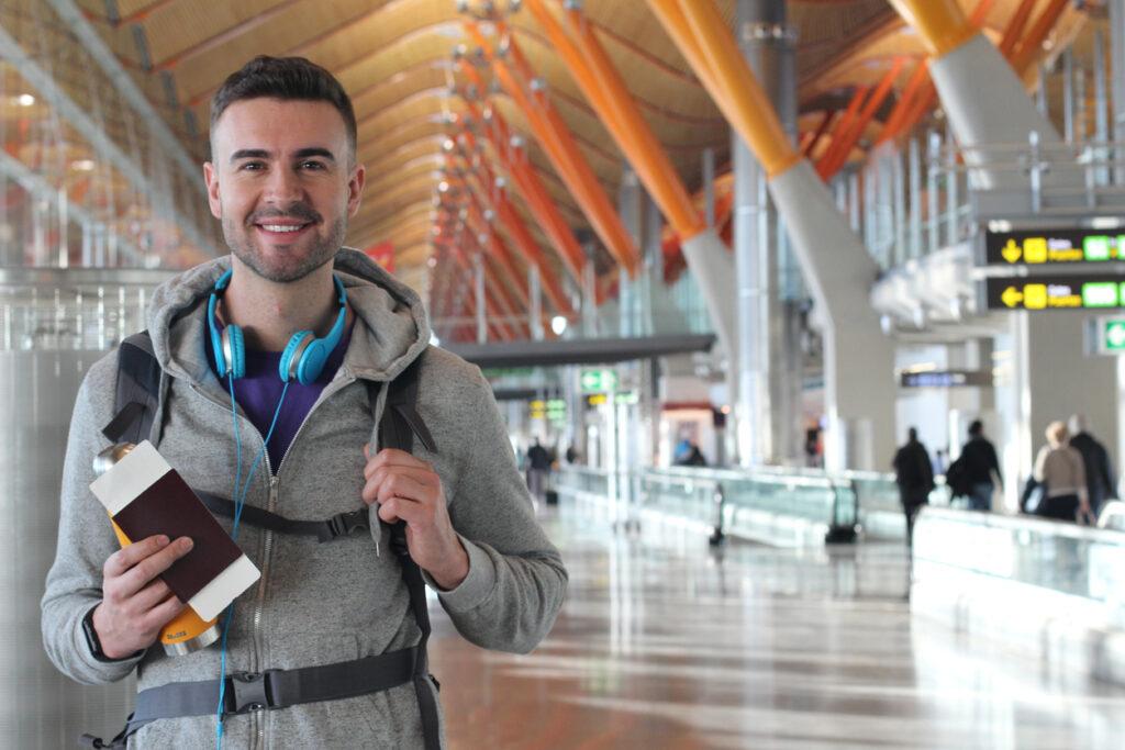 海外渡航において「カード付帯保険」だけでは不十分!?