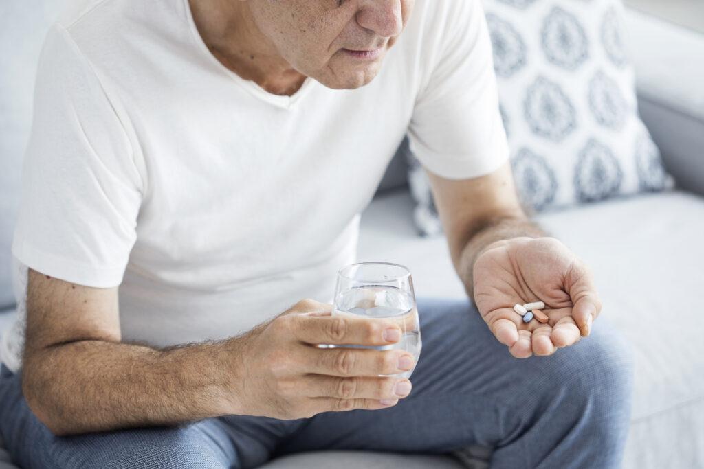 血圧の薬はいつまで飲めばいいの?断薬の可能性は?高齢者医療の専門医が解説