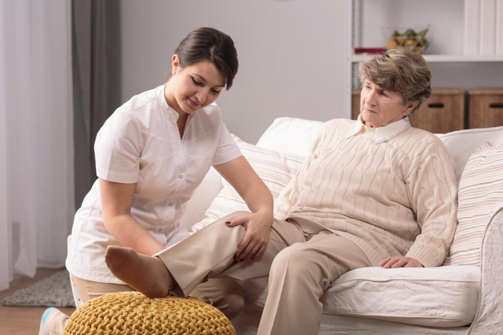 閉塞性動脈硬化症の過半数は高齢者!マニュアルどおりではない対応方法を専門医が解説