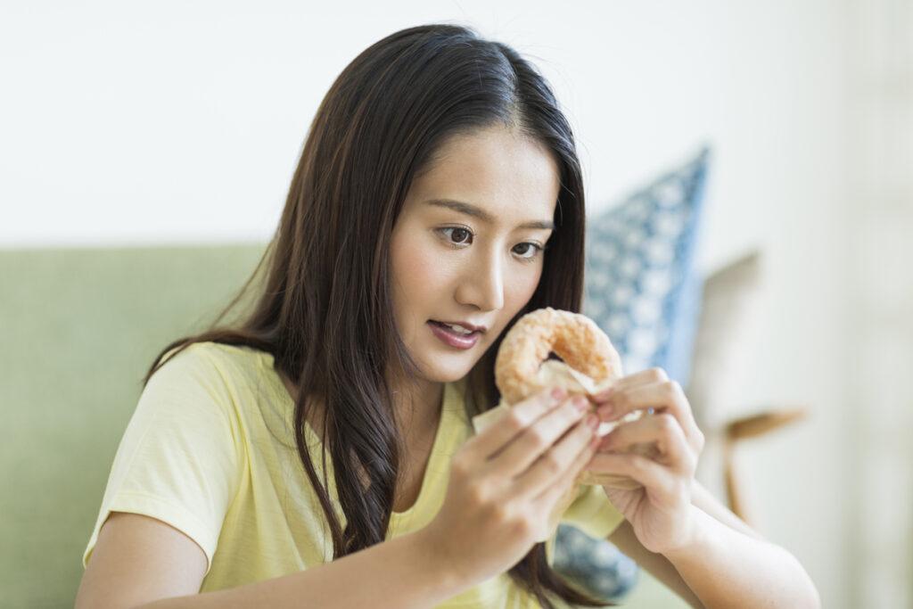 デザートとおやつ、血糖値を上げやすいのはどっち?・・血糖値スパイクドクターの提言⑧
