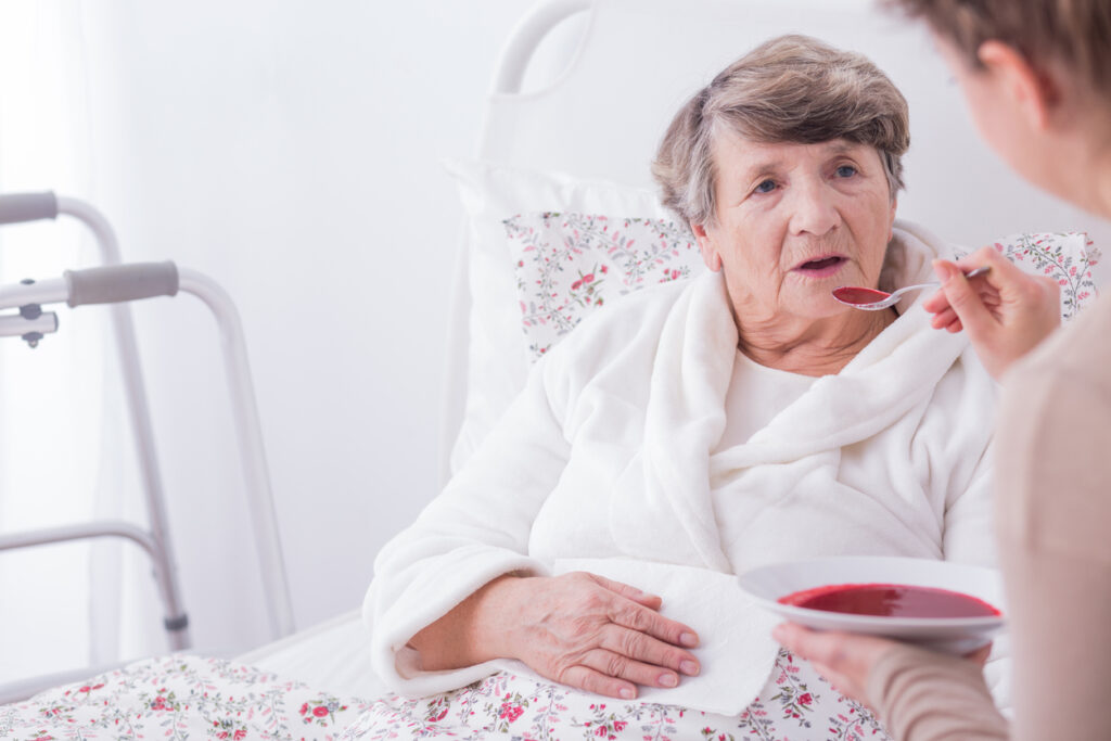 検診でおなじみ・アルブミン値は、高齢者の健康にとっても大事な指標である理由