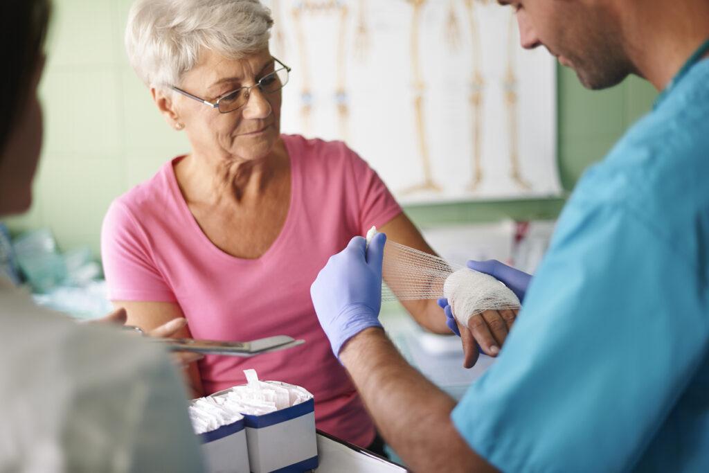 骨粗しょう症は糖尿病の合併症・・予防と対策を専門医が解説