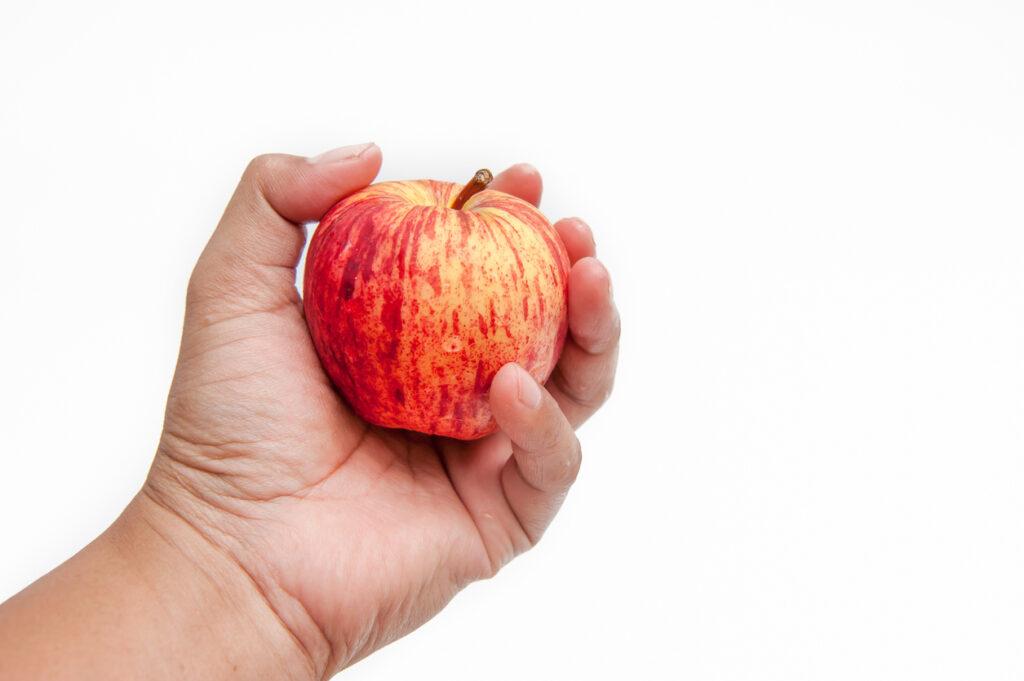 握力低下は万病のもと・握る力を鍛えて健康を維持しよう【専門医が解説】
