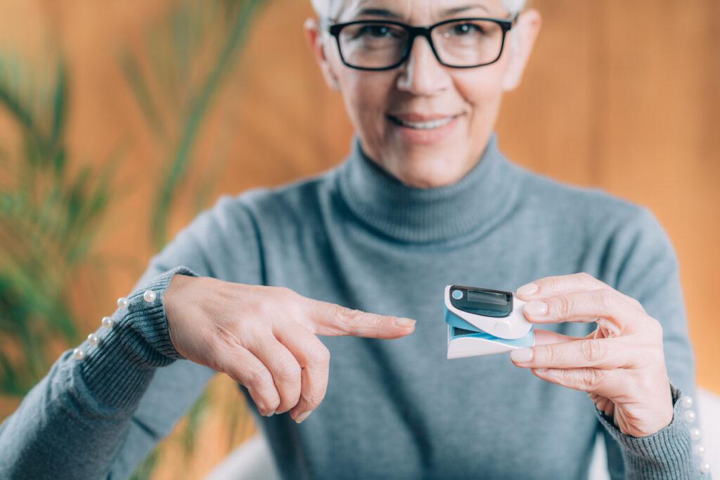 在宅診療で大活躍するパルスオキシメーター…自宅に常備するメリットを在宅専門医が解説