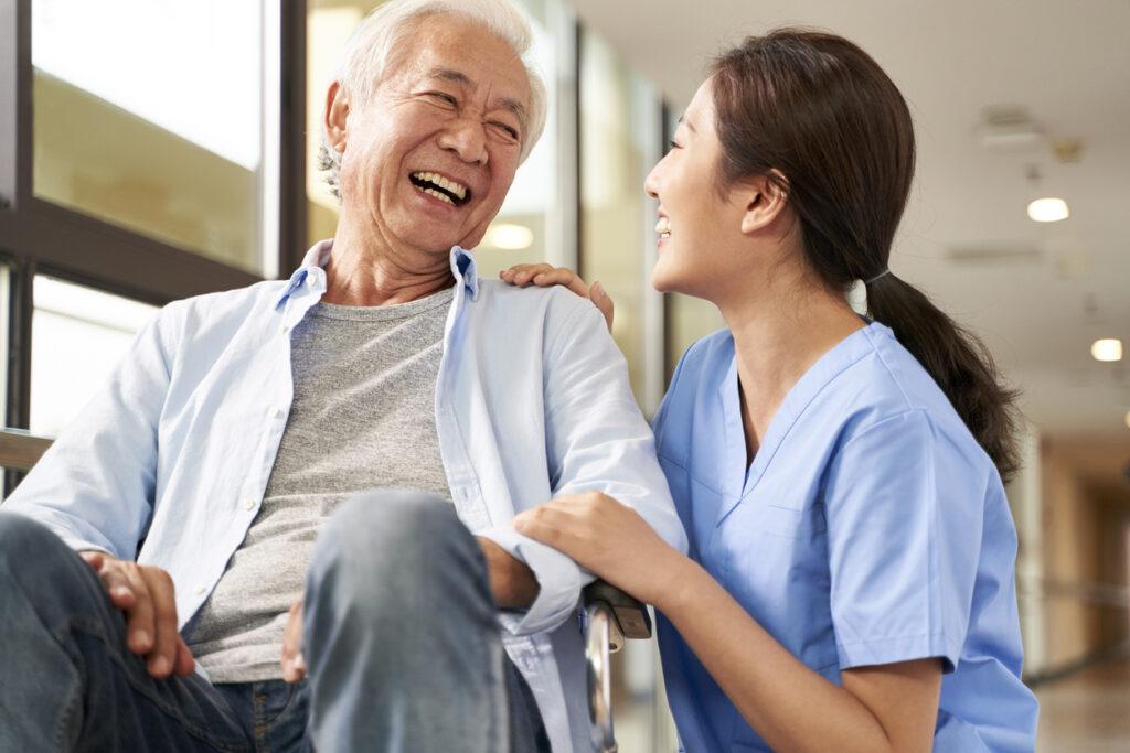 介護福祉業界への転職で20万円支給!「介護職就職支援金貸付事業」とは?