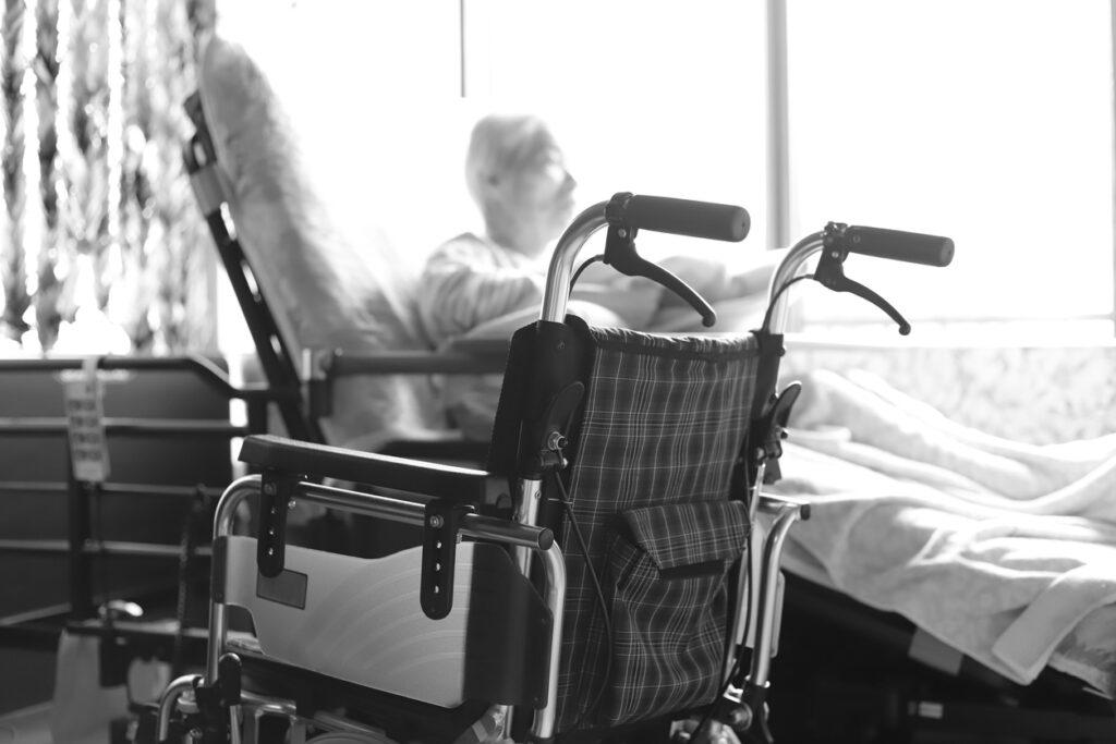 介護保険サービスを利用しない家族が陥りがちな「介護地獄」を避けるために